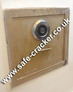 S and G Locked Wall Safe